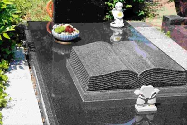 洋風のお墓について